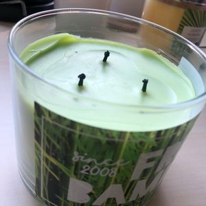 Bath & Body Works Accents - Fresh Bamboo Bath and Body Works Candle